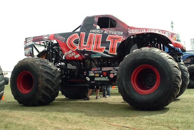 Monster Jam Las Vegas >> Sudden Impact Monster Truck Racing - www.SuddenImpact.com